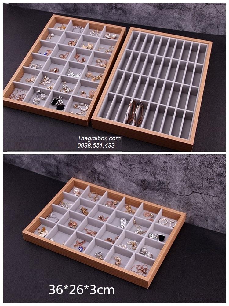 khay phụ kiện trưng bày trang sức bằng gỗ 24 ô