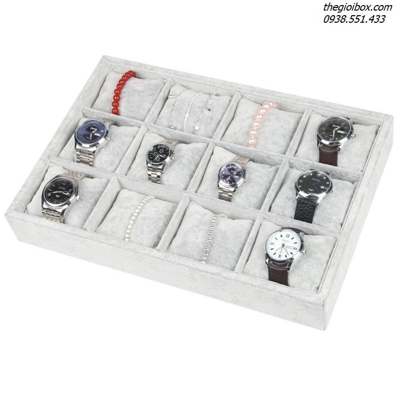 khay nhung nỉ trưng bày vòng đeo tay, đồng hồ, phụ kiện trang sức