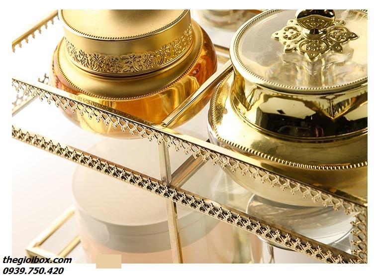 kệ khay trang điểm golden xoay 360 độ viền vàng sang trọng